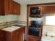 Expedition Motorhomes, Inc. 33ft Winnebago Minnie Winnie w/2 slide outs motorhome rental california