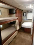 Expedition Motorhomes, Inc. 33ft Winnebago Minnie Winnie w/2 slide outs usa motorhome rentals
