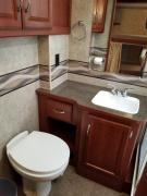 Expedition Motorhomes, Inc. 33ft Winnebago Minnie Winnie w/2 slide outs motorhome rental usa
