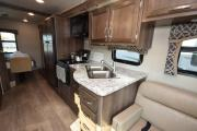 Traveland RV Rentals Ltd 31' Class A