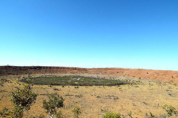 A clear day at Wolf Creek Meteorite Crater National Park, Australia